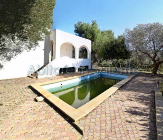 Abitazione indipendente con piscina vendita villa con - Impianto filtrazione piscina prezzo ...